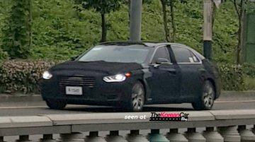 2017 Hyundai Equus shows its silhouette - Spied