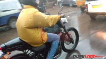 Royal Enfield Himalayan caught on video - Spied