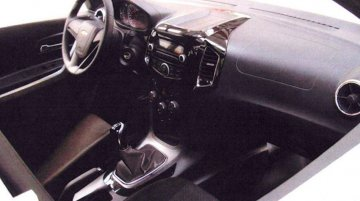 2016 Chevrolet Niva production-spec interior leaks - Spied