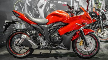 Suzuki Gixxer SF in Candy Antares Red launched - Auto Expo 2016