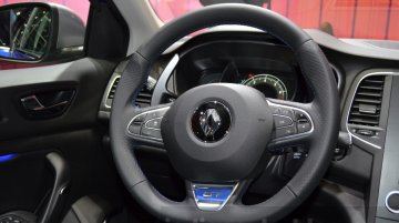 Design boss promises revolutionary interior on next-gen 2018 Renault Clio