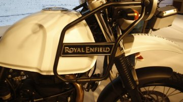 Royal Enfield Himalayan fitted with Akropovic Exhaust - Video