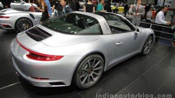 Porsche 911 Targa 4, Porsche 911 Turbo S Cabriolet - Auto China 2016