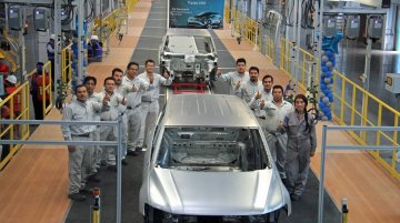 Body shell of the new VW Tiguan LWB revealed