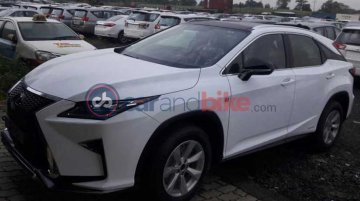 Lexus RX 450H hybrid spotted in India for the first time
