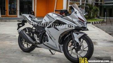 Honda CBR150R modified into a Honda CBR250RR