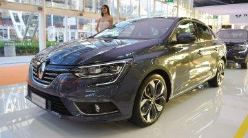 Renault Megane Sedan - Bologna Motor Show Live