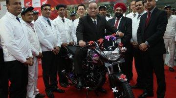 Honda CB Shine reaches 50 lakh sales milestone, 2017 Honda CB Shine SP teased