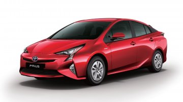 2017 Toyota Prius launched in India, priced at INR 38.96 lakh