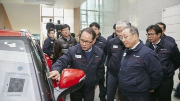 SsangYong working on industry-first touch-operated windows