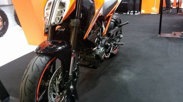 KTM Duke 125 & KTM RC390 at the Osaka Motorcycle Show 2017