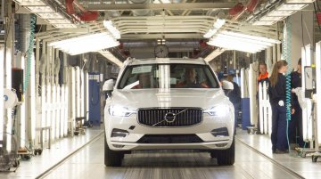 2017 Volvo XC60 global production commences, Indian launch in late-2017