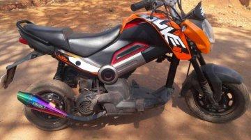 Honda Navi modified to resemble KTM Duke 200