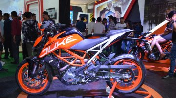 2017 KTM 390 Duke showcased at the Nepal Auto Show 2017