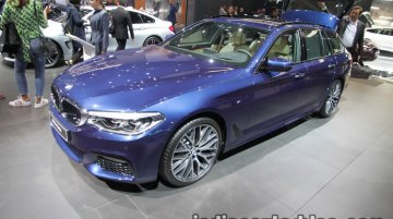 BMW 5 Series Touring showcased at IAA 2017 - Live