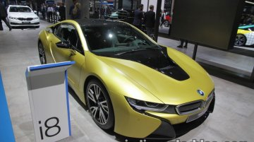 BMW i8 Protonic Frozen Yellow Edition showcased at IAA 2017 - Live