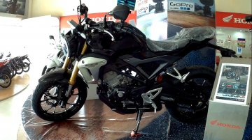 Honda CB150R ExMotion - In 14 Live images