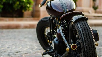 Royal Enfield Thunderbird 350 'Project BA' by Rajputana Customs