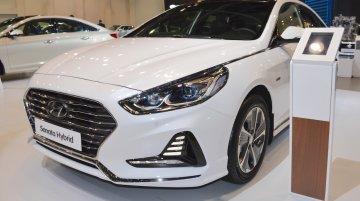 2018 Hyundai Sonata Hybrid (facelift) showcased at the 2017 Dubai Motor Show