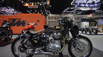Royal Enfield Classic 500 Bobber & Royal Enfield Bullet 500 at 2017 Thai Motor Expo - Live