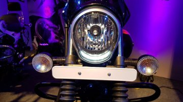 2018 Bajaj Avenger 220 Cruise & Street launched officially