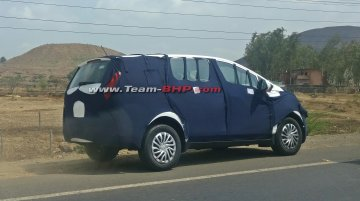 Mahindra U321 spotted on Mumbai-Nashik highway
