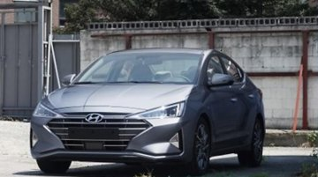 India-bound 2019 Hyundai Elantra (facelift) spotted camo-free [Update]