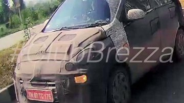 Hyundai AH2 (2018 Hyundai Santro) spied with foglamps switched on
