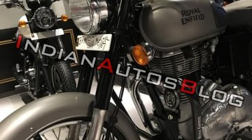Royal Enfield Classic (Gunmetal Grey - dual-channel ABS) - Image Gallery