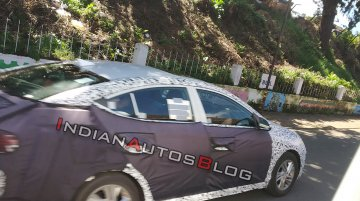 2019 Hyundai Elantra (facelift) spied in India for the first time