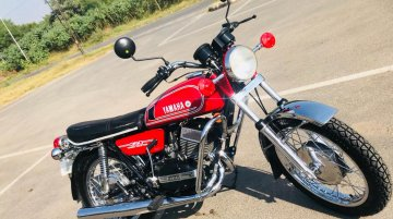Check out this neatly restored 1986 Yamaha RD350
