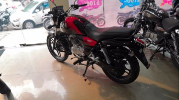 More powerful Bajaj V15 arrives at dealership, ABS not available yet [Video]