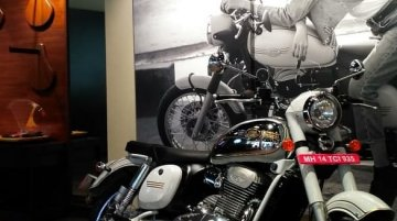 Classic Legends inaugurates three Jawa dealerships in Bangalore