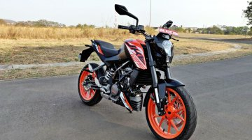 KTM 125 Duke attempts top speed run at Bajaj Auto's Chakan plant [Video]