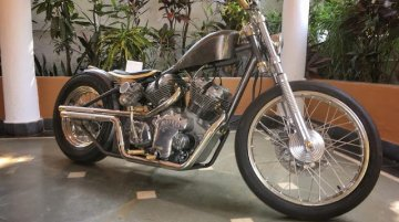 Custom Royal Enfield Bobber 'Alchemy' based on Carberry 1000cc engine [Video]