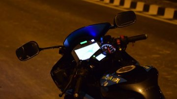 Modified Yamaha R15 gets fingerprint start-up, automatic mirrors and cruise control