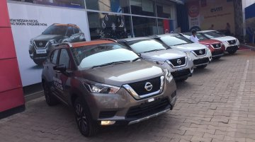 Nissan Kicks starts reaching dealerships, spotted in 4 colours