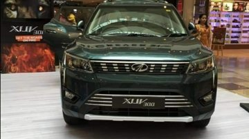 Mahindra XUV300 in range-topping W8 grade showcased at a mall