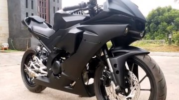 Check out this Yamaha YZF-R15 V3.0 to YZF-R1 conversion kit [Video]