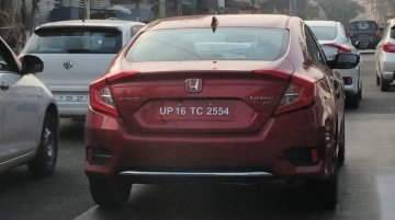 Top-end 2019 Honda Civic ZX spied in red and white colours in Bangalore
