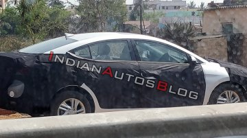 2019 Hyundai Elantra (facelift) spied in India for the first time [Update]