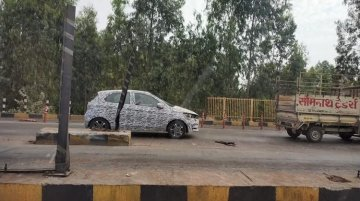 New Tata Tiago (facelift) spied for the first time [Update]