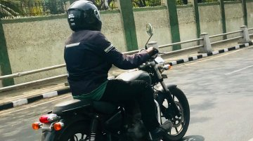 Next-generation Royal Enfield Thunderbird spotted in India