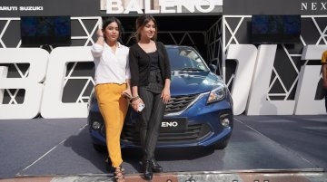 Delhi girls participate in the Bold Baleno Maze