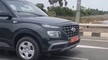 Entry-level Hyundai Venue spotted completely undisguised [Video]