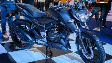 TVS Apache RTR 200 4V & RTR 160 4V Carbon Edition revealed at Feria 2 Ruedas