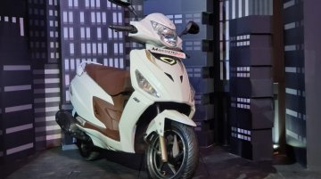 Hero Maestro Edge 125 launched in India in carburettor & fuel injection variants