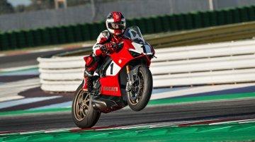 Ducati Panigale V4 25° Anniversario 916 - Image Gallery
