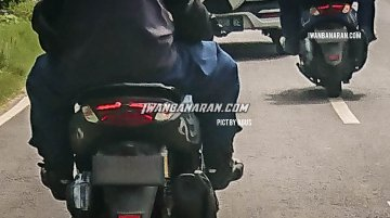 New Yamaha NMax 155 (facelift) spied with new LED taillamp