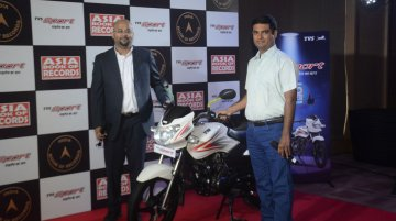 TVS Sport sets new record for 'Highest Fuel Efficiency on a motorcycle'